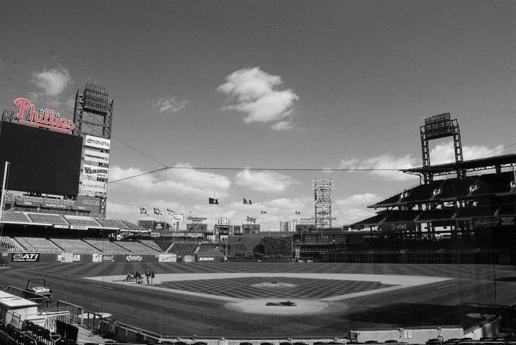 My first visit to the Phillies stadium Citizens Bank Park. Shot with my trusty Nikon D80! #PhotoByDC #Baseball #Phillies #Philly