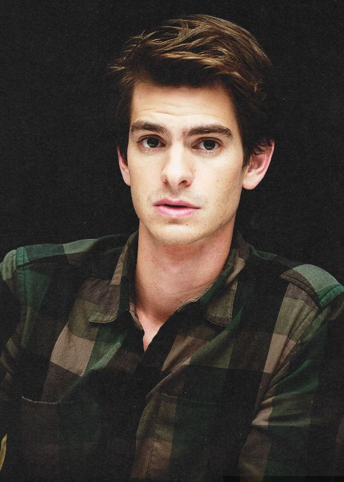 ((FC:: Andrew Garfield)) Hey guys, I'm Dylan Knolls and I'm 19 years old. I'm (obviously) here to compete for the princess's and eat as much as I can before going home. Hopefully, I'll be staying for a while. No, I don't expect to win the selection. I mean, there's like thirty other guys who are way cooler than me in here. All I have to offer is my tragic good looks and my dazzling personality. Kidding, as always. Anyways, I'm an aspiring writer from Caste 3, and I sort of promised my…