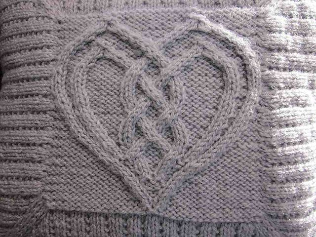 Celtic Knot Knitting Pattern Book : 17 Best images about ????? on Pinterest Cable, Knitting and Crochet books
