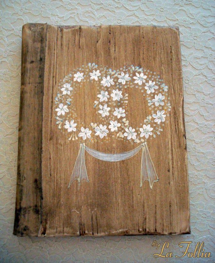 Αφιέρωμα γάμος: Στέφανα και Βιβλία ευχών #στέφανα γάμου, #βιβλία ευχών, #bylafollia
