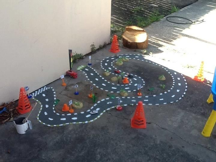 "Chalkboard road outdoors by 'Wendy' - image shared by Learn with Play at home ("",)"
