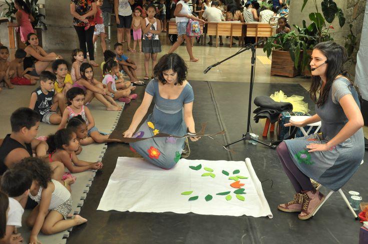 Janeiro chegou quente e o mais gostoso é sair de casa para brincar! Confira alguns destaques da programação para crianças no Sesc Pompeia.