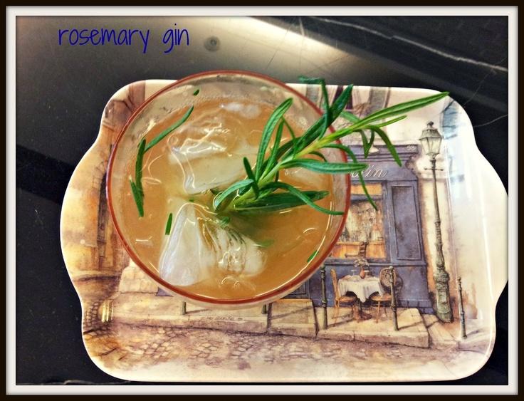 rosemary gin  [食譜] 迷迭香雞尾酒-從盆栽到酒杯Rosemary Gin, Gin 食譜