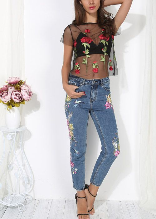 Compre Blusa de Tule Transparente Bordado Flores - Preto/Branco | UFashionShop