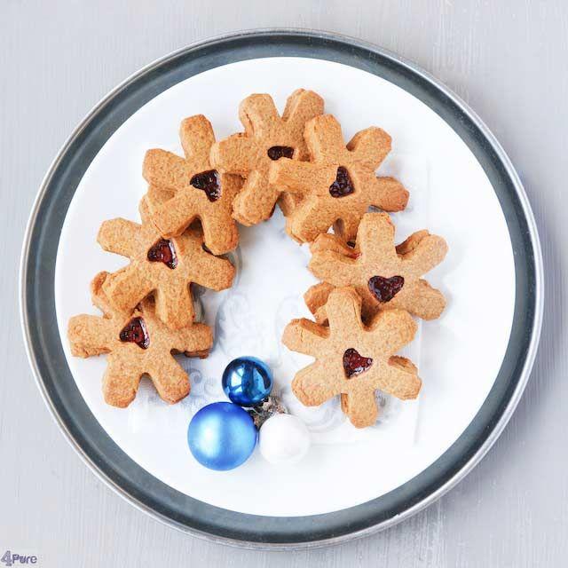 Christmas jelly cookies. Recipe in English  Kerst jam koekjes. Recept ook in het Nederlands