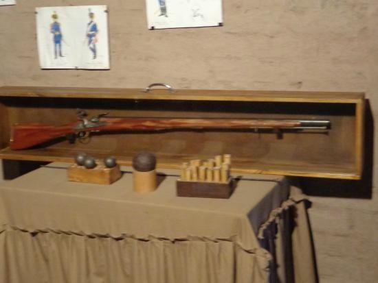 Fusil de esos años restaurado por el ejercito de montaña
