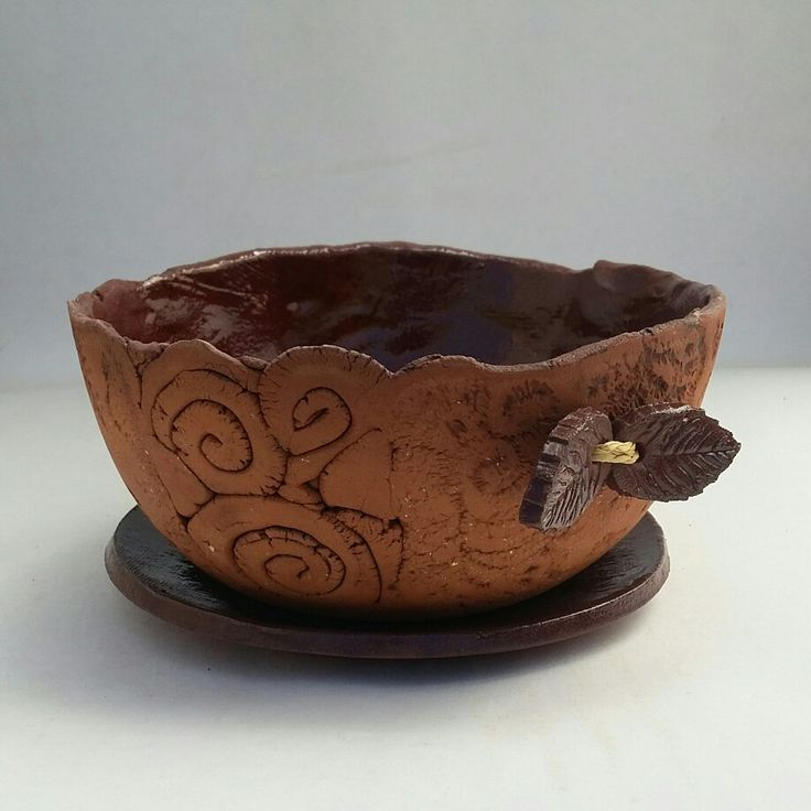 Terracotta planter by Jennifer Steyn