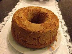 """Essa receita de bolo eu peguei no blog da nutricionista Karine Durães: """" Nutrição Infantil"""", é claro fiz uma pequenas modificações como de c..."""