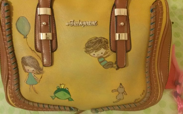 Handpainted leather bag! Based on aris blog illustrations!