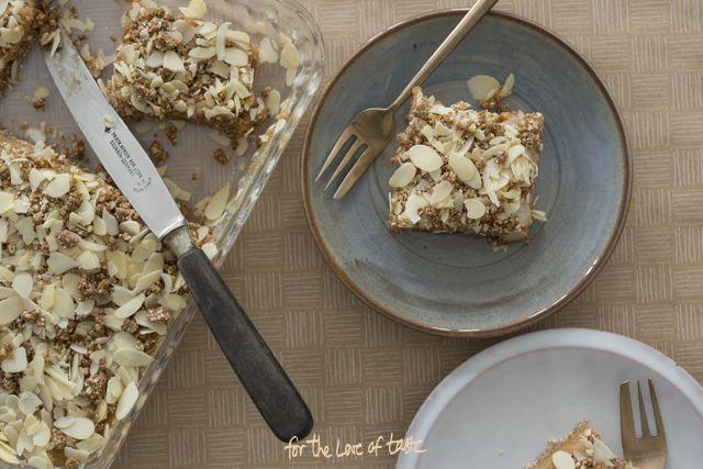 Gevulde speculaas taart, lekker zonder suiker en gluten. Vegan Gingerbread Marzipan cake, sugar free