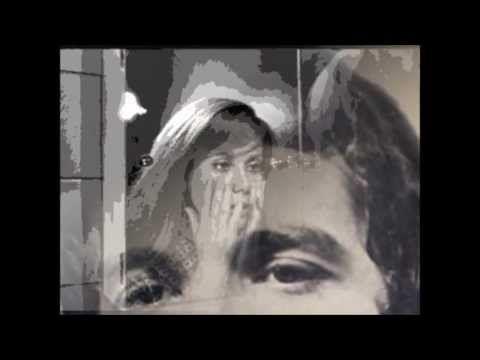 """Encore une belle chanson de l'ami Michel Corringe de son 33 tours de 1975 """"laissez nous vivre"""" J'ai tant rêvé de toi Que tu perds ta réalité Le contour de to..."""