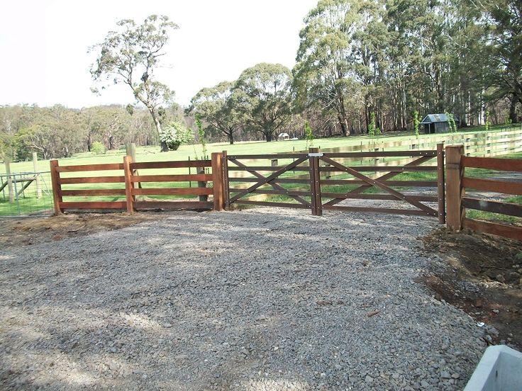 Entrance Gates Melton - Fencing Victoria Pty Ltd