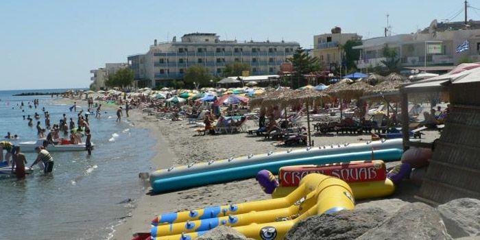 Пляж Кардамена
