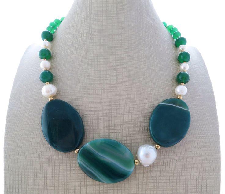 Green agate necklace, stone choker, baroque pearl necklace, statement necklace, green bead necklace, uk gemstone necklace, italian jewelry by Sofiasbijoux on Etsy https://www.etsy.com/listing/248619441/green-agate-necklace-stone-choker