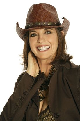 linda grey | Linda Gray Height and Weight - Celebrity Height, Weight And More ...