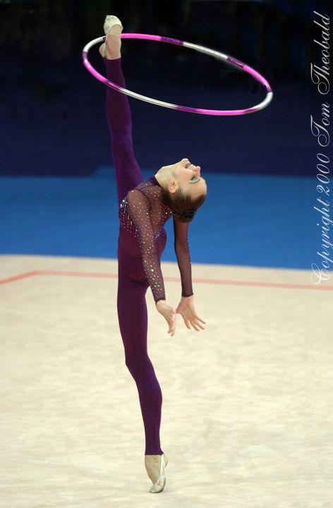 Eleonora ROMANOVA (UKR) Hoop