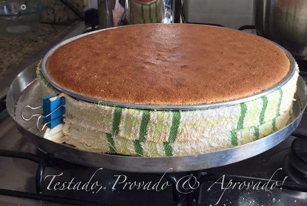 DICA PRECIOSA! Como assar bolos perfeitamente retos, sem calombos!