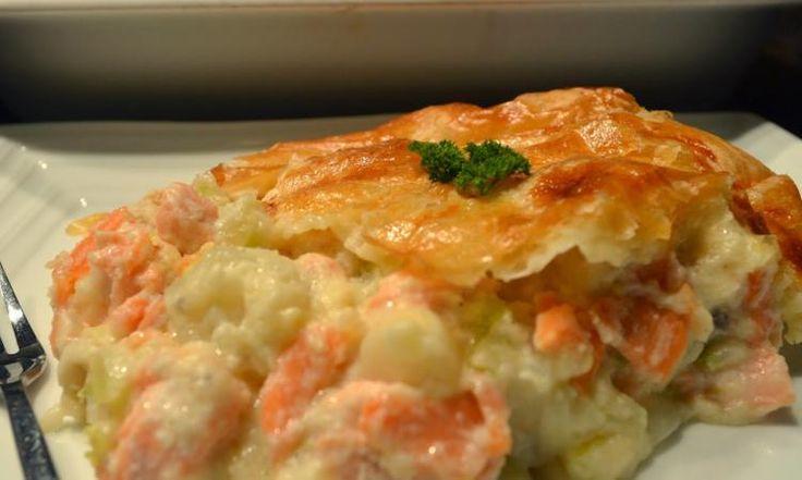 Il ne faut que quelques minutes pour préparer cet impressionnant pâté au saumon!