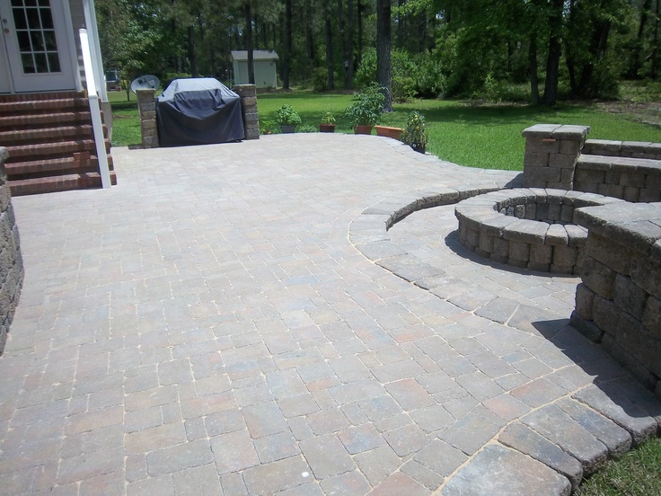 Belgard dublin cobble pavers country manor walls and for Hardscape concrete