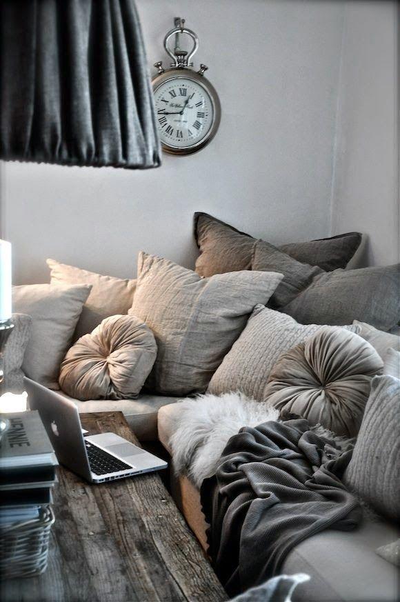 Cushions color palette