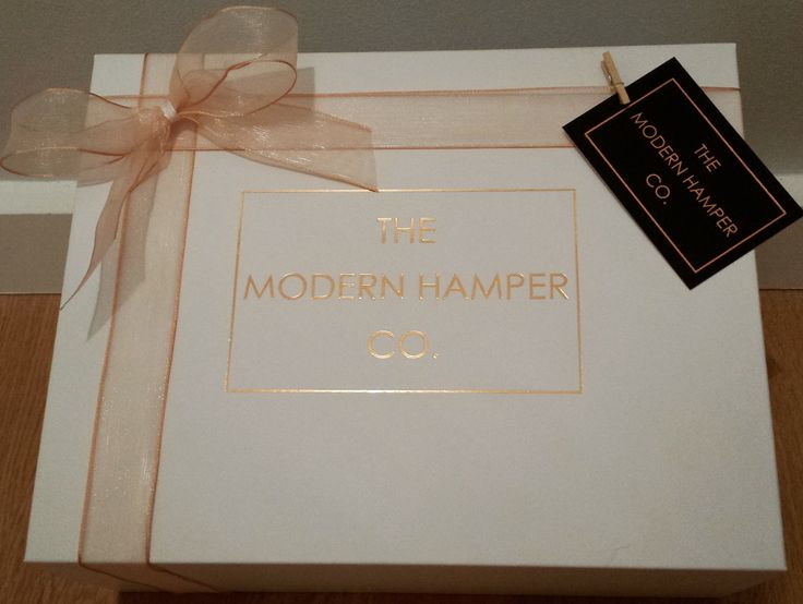 In the spirit of festive giving, we've also reduced our postage charge. So, hurry and order now in time for Christmas delivery: www.themodernhamper.com #luxurygifts #presentideas #modernhamper