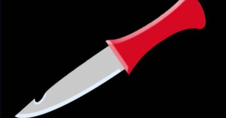 Como fazer uma faca usando uma serra circular HSS. Lâminas de serra de alta velocidade (High Speed Saw) são feitas de liga de aço extremamente resistente e durável. Como uma fonte de metal para facas, essa liga metálica pode fornecer metal para o fabricante manual ou para amadores. Este artigo irá discutir algumas das ferramentas e técnicas utilizadas na redução do metal e transformação em faca, ...