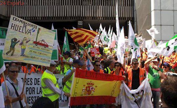 La huelga obliga a suspender 286 exámenes del carnet de conducir al día en Valencia
