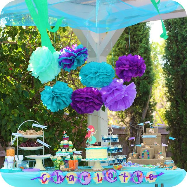 Decoracion de la sirenita, ideas de letreto y pompones #party #decoration #candybar Little Mermaid Party decor