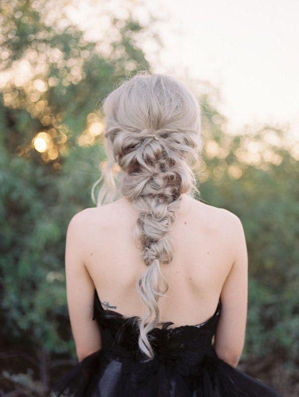 messy twisted braid wedding hairstyle / http://www.deerpearlflowers.com/spring-summer-wedding-hairstyles/
