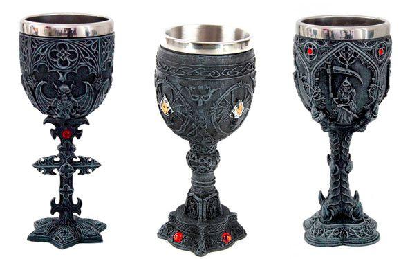 ¡Sí, ya están aquí! ¡Solo me falta el castillo para ser toda una Lady Dragon! ¿Qué os parecen estos cálices? Todas las copas y jarras las podéis ver aquí http://goo.gl/MydmNz
