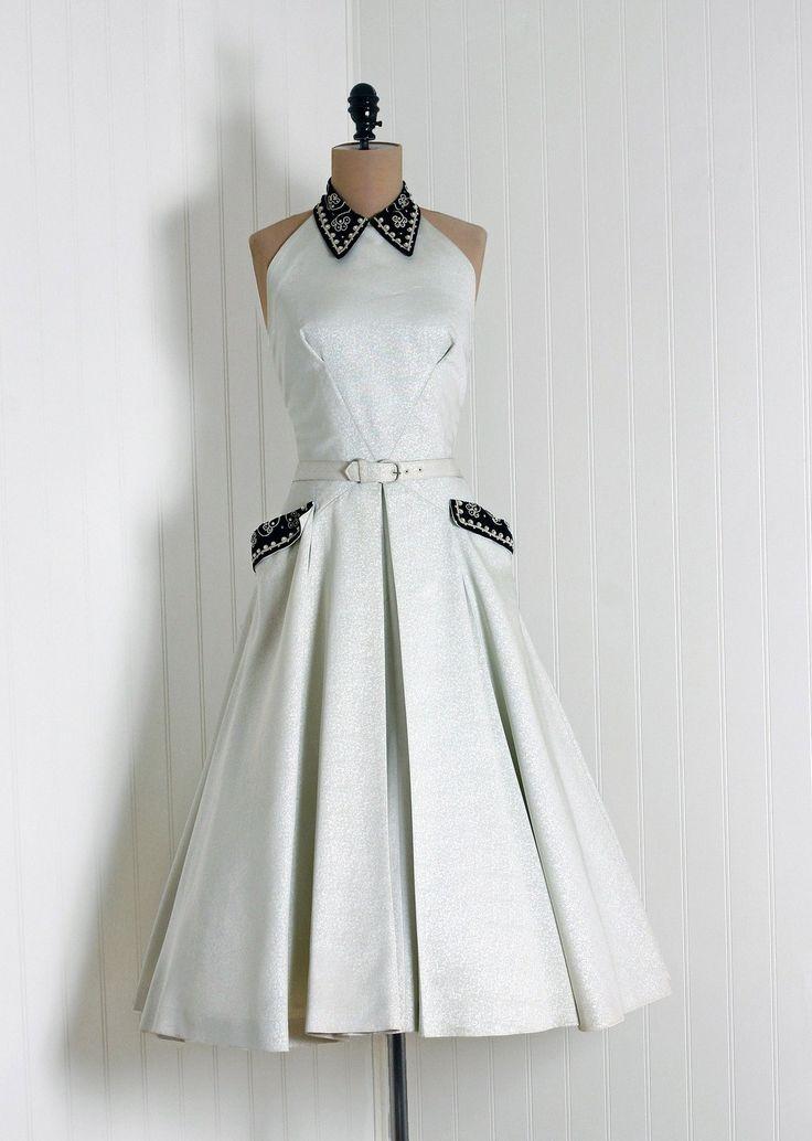 ~1950s Ellen Kaye Dress~  love the pleats