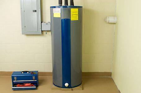 How to Drain a Hot Water Heater Quickly