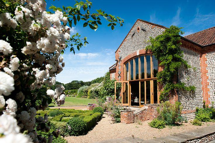 Chaucer Barn Wedding Venue - Holt - Norfolk