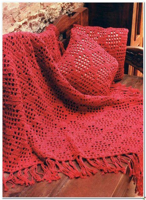 Crochet: Blanket and pillow