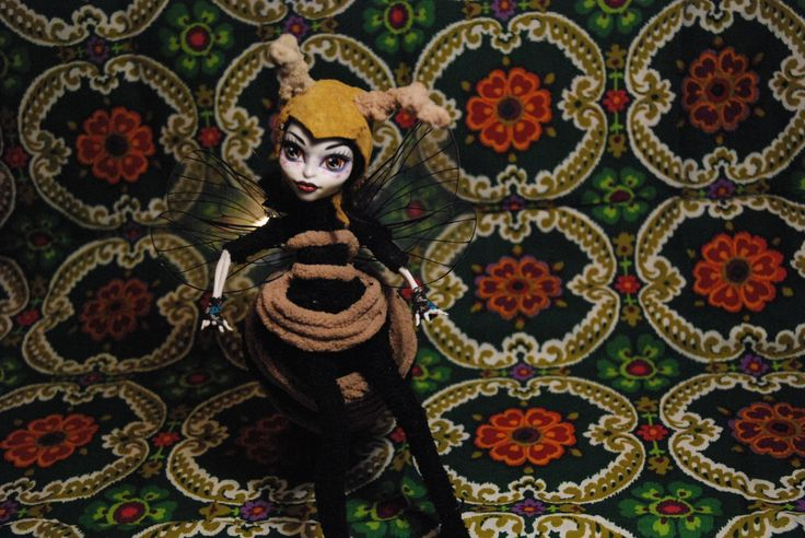 Beatrix Bee, monster high doll remastered