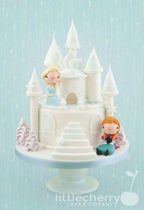 Torta di Frozen con decorazioni in pasta di zucchero n.03