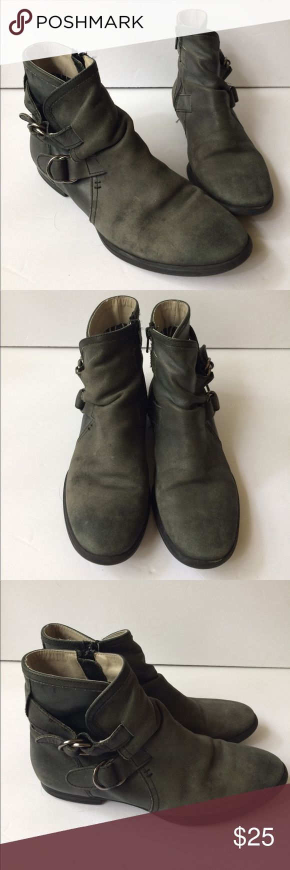 Hush puppies buckled ankle boots booties leather Super comfortable shoes with side zip.  Soft leather Hush Puppies Shoes Ankle Boots & Booties
