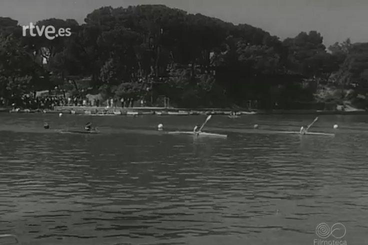 Competición de piragüismo en la Casa de Campo por la festividad de San Isidro - Mayo 1964