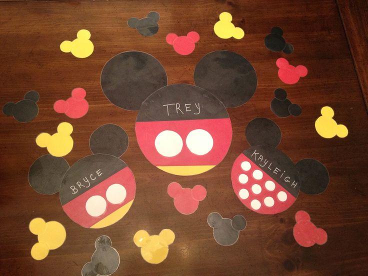 Best 25 Disney Window Decoration Ideas On Pinterest
