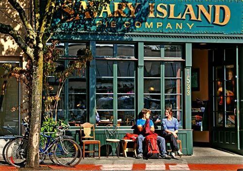 Savary Island Pie Company - West Vancouver