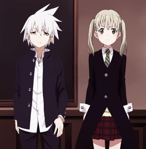 soul x maka from soul eater NOT anime. Maka's eyes look more like the manga, but I don't like how it's drawn. She looks way more awesome and intimidating with her original Soul Eater eyes. AND SOUL DOESNT HAVE RED EYES WTF