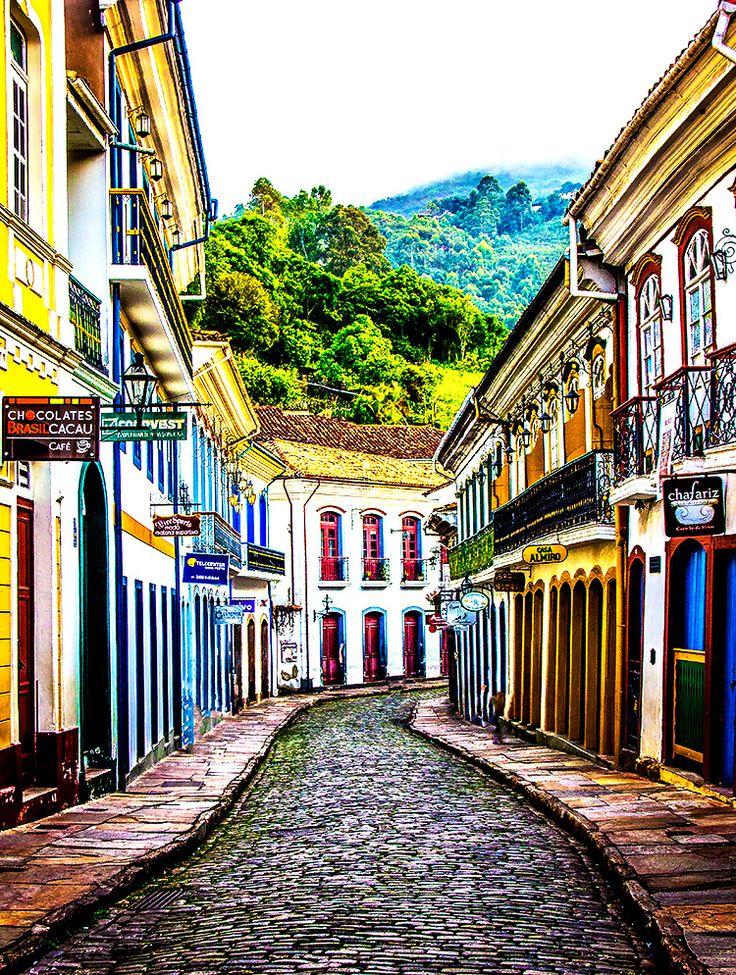 Onde ficar em Ouro Preto, Minas Gerais. Dicas de onde se hospedar na cidade histórica mais famosa do estado. Descubra qual a melhor região, além de hostels, hotéis e pousadas com excelente custo-benefício.