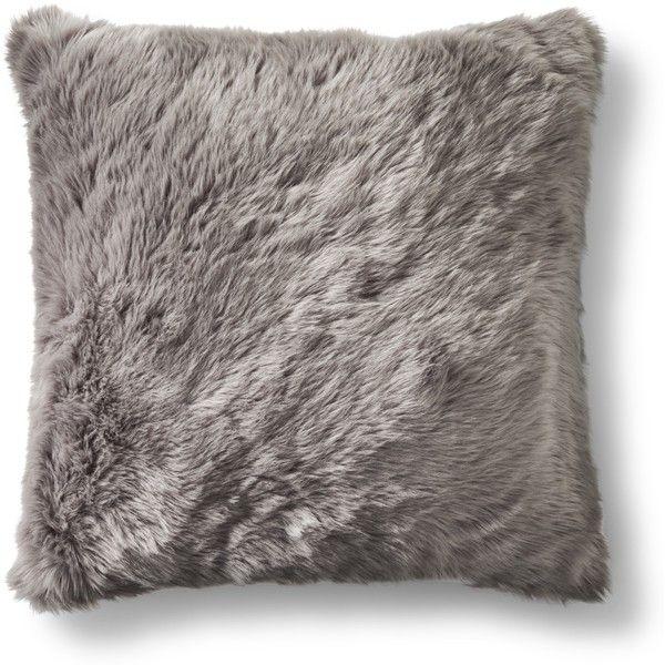Best 25+ Grey faux fur throw ideas on Pinterest   Grey fur ...