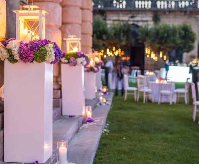 un fiore tra i fiori_allestimento ricevimento matrimonio