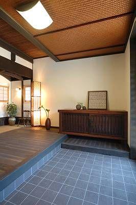 Japanese modern entrance and foyer. #japanse #japan #foyer #ideas #oriental #mudroom #remodeling
