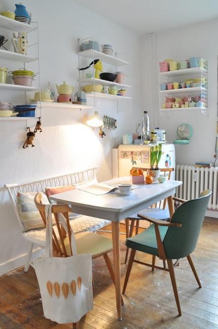 Trödelhaus String Shelves