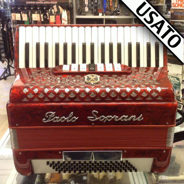 Fisarmonica Paolo Soprani Usata Fisarmonica made in Italy in garanzia, con astuccio incluso nel prezzo. Voci in 3a /4a. Registri 7 + 2.