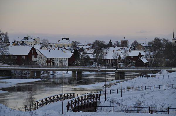 http://fineartamerica.com/featured/winter-evening-stefan-pettersson.html