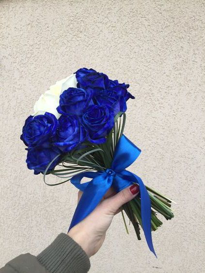 Wedding bouquet #blue #flowers #roses #taj