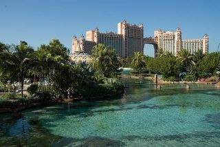 What to Do in Nassau, Bahamas Without Paying for Shore Excursions | eHow